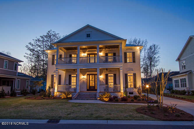 5825 Harbor Breeze Drive, Wilmington, North Carolina, 4 Bedrooms Bedrooms, 10 Rooms Rooms,4 BathroomsBathrooms,Single family residence,For sale,Harbor Breeze,100104329