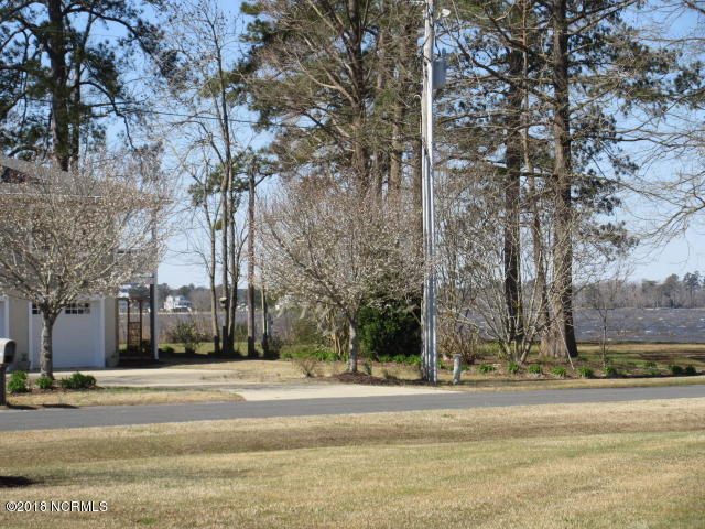364 Edgewater Road, Washington, North Carolina, 3 Bedrooms Bedrooms, 6 Rooms Rooms,3 BathroomsBathrooms,Townhouse,For sale,Edgewater,100105659