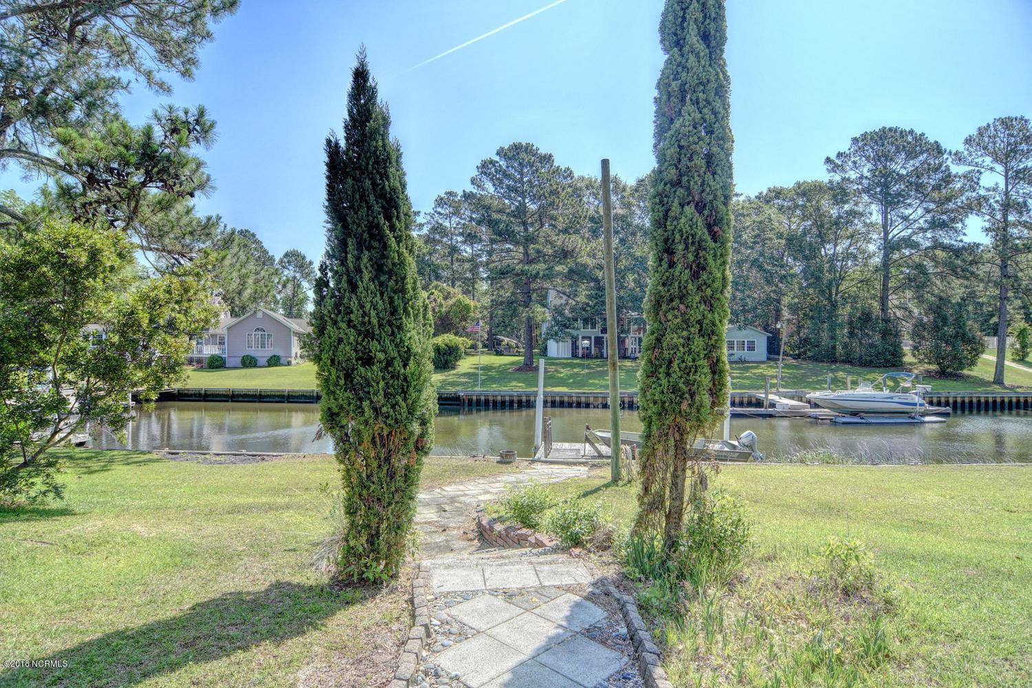 119 White Heron Cove Road, Hampstead, North Carolina, 3 Bedrooms Bedrooms, 12 Rooms Rooms,3 BathroomsBathrooms,Single family residence,For sale,White Heron Cove,100105505