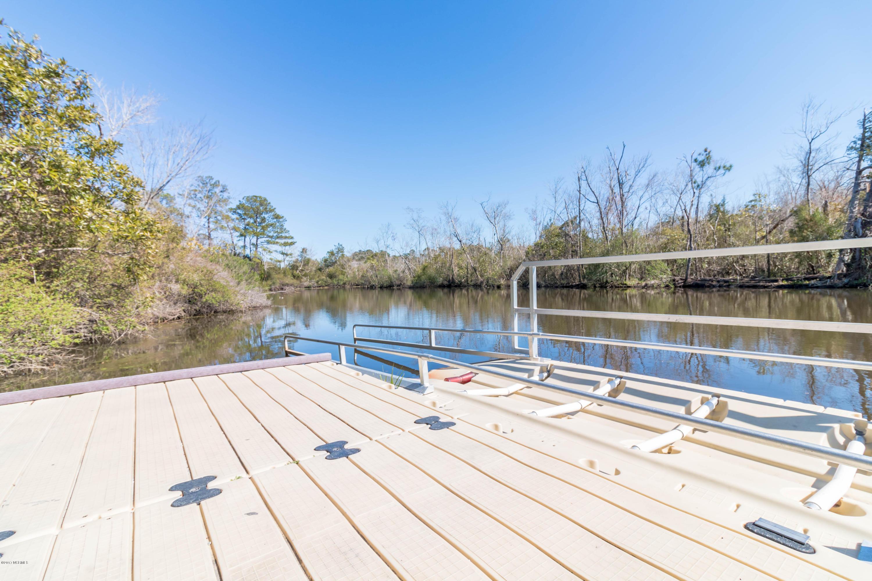 110 Barry Lane, Jacksonville, North Carolina 28540, ,Residential land,For sale,Barry,100105712