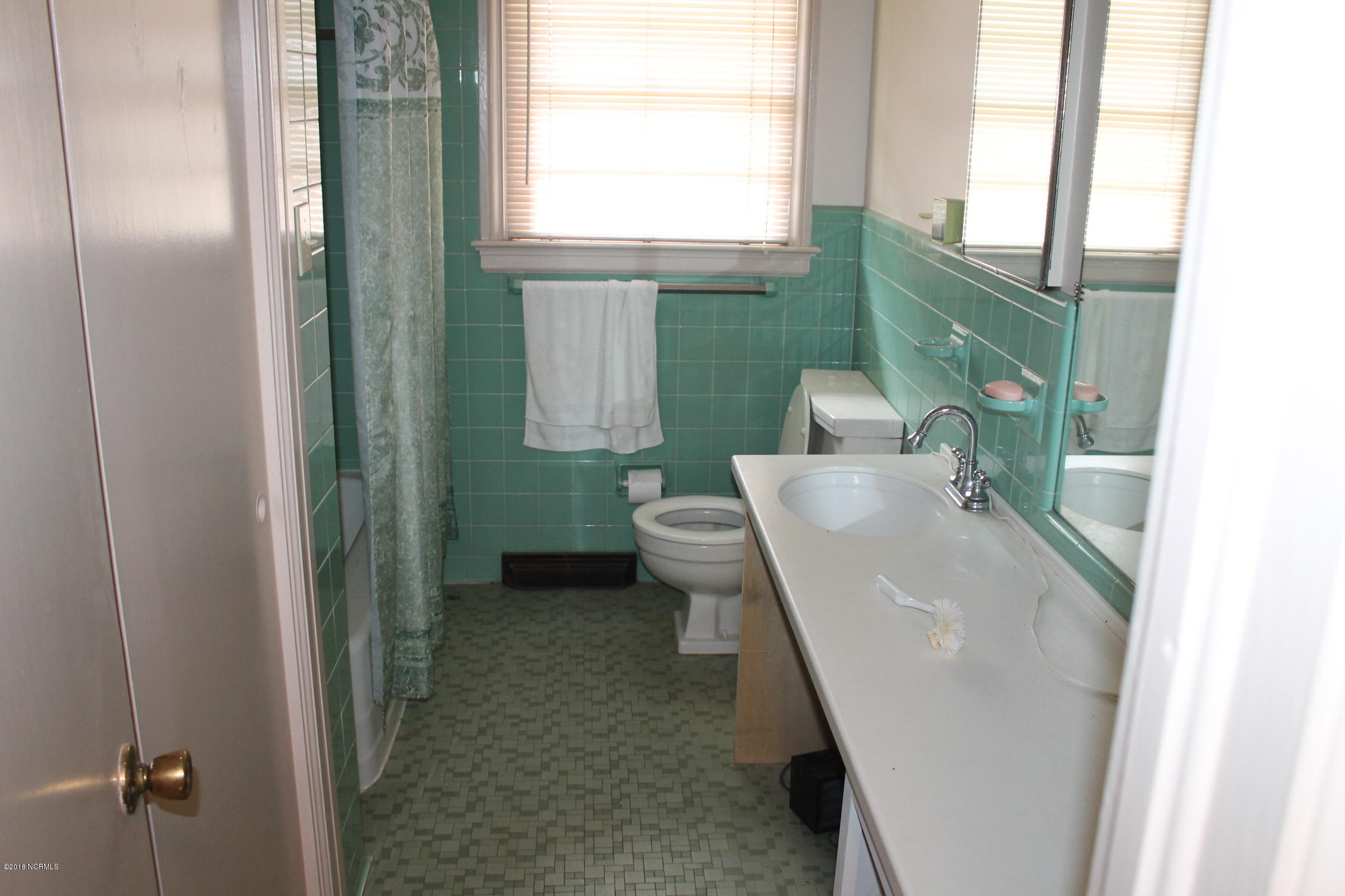 513 College Street, Whiteville, North Carolina, 3 Bedrooms Bedrooms, 7 Rooms Rooms,2 BathroomsBathrooms,Single family residence,For sale,College,100106101