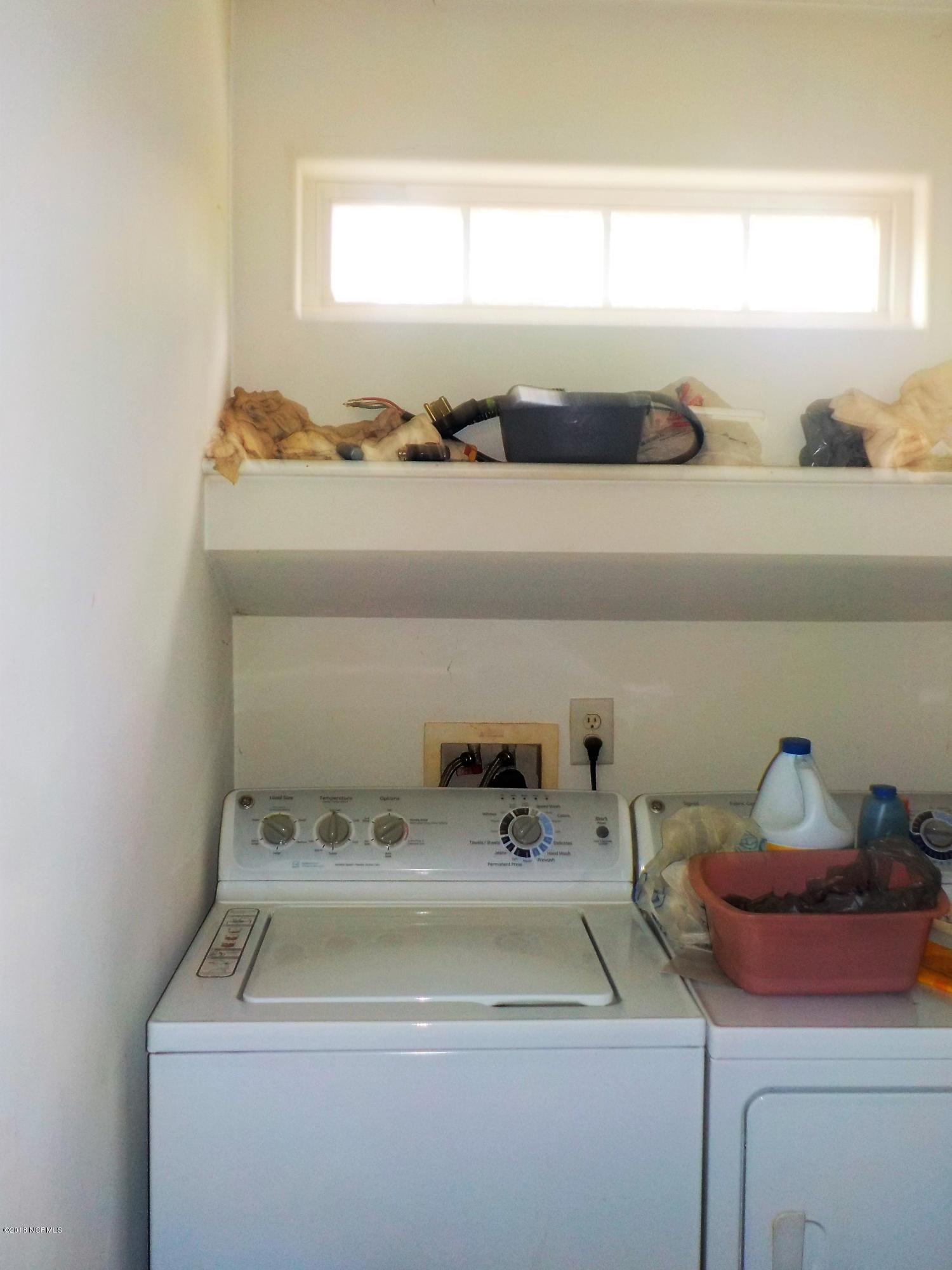 216 Lemonwood Drive, Havelock, North Carolina, 3 Bedrooms Bedrooms, 5 Rooms Rooms,2 BathroomsBathrooms,Single family residence,For sale,Lemonwood,100107080