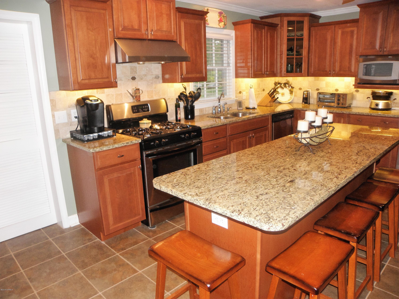 134 Warren Lane,Belhaven,North Carolina,4 Bedrooms Bedrooms,10 Rooms Rooms,3 BathroomsBathrooms,Single family residence,Warren,100107905