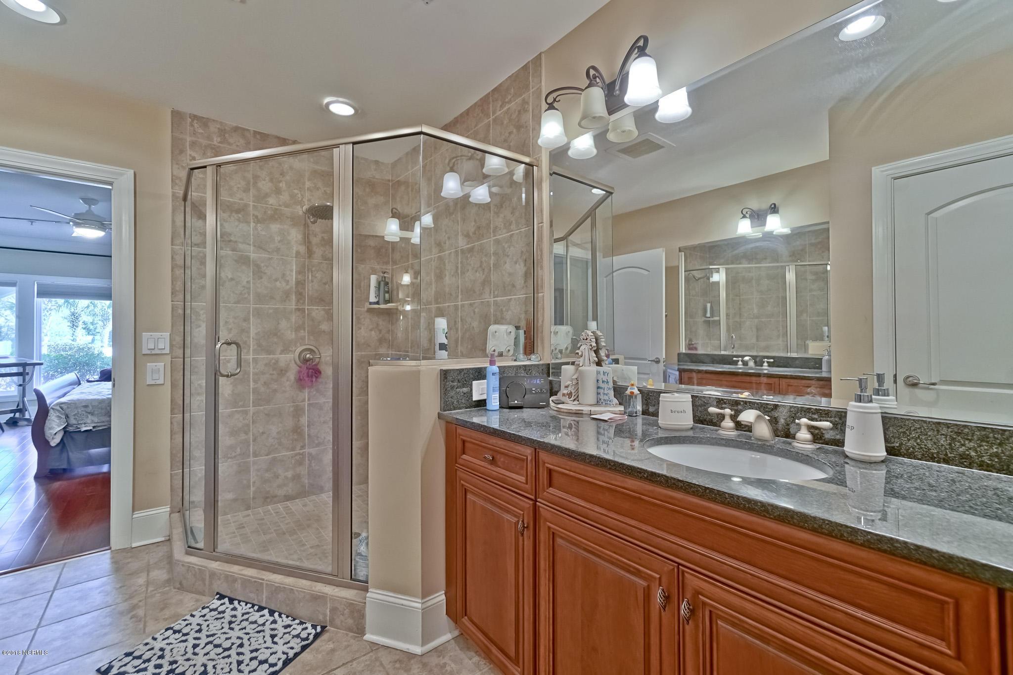 915 Shoreline Drive, Sunset Beach, North Carolina 28468, 3 Bedrooms Bedrooms, 6 Rooms Rooms,3 BathroomsBathrooms,Condominium,For sale,Shoreline,100111615