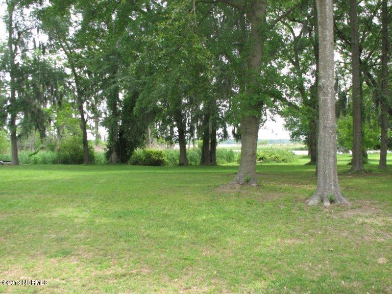 303 Rennys Creek Drive, New Bern, North Carolina 28560, ,Residential land,For sale,Rennys Creek,100114064
