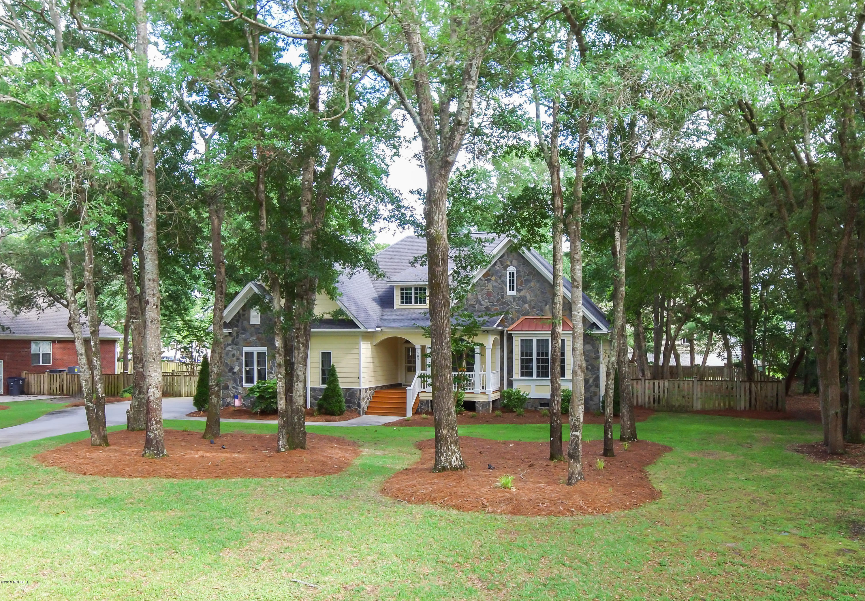 1704 Colonist Square,Ocean Isle Beach,North Carolina,3 Bedrooms Bedrooms,8 Rooms Rooms,2 BathroomsBathrooms,Single family residence,Colonist,100118984