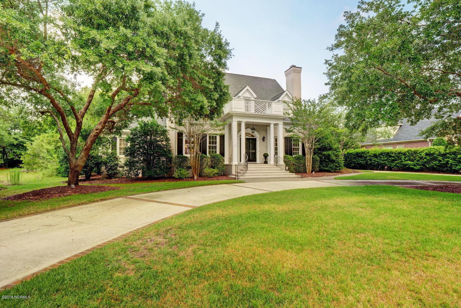 2325 Tattersalls Drive, Wilmington, North Carolina, 5 Bedrooms Bedrooms, 11 Rooms Rooms,3 BathroomsBathrooms,Single family residence,For sale,Tattersalls,100121830