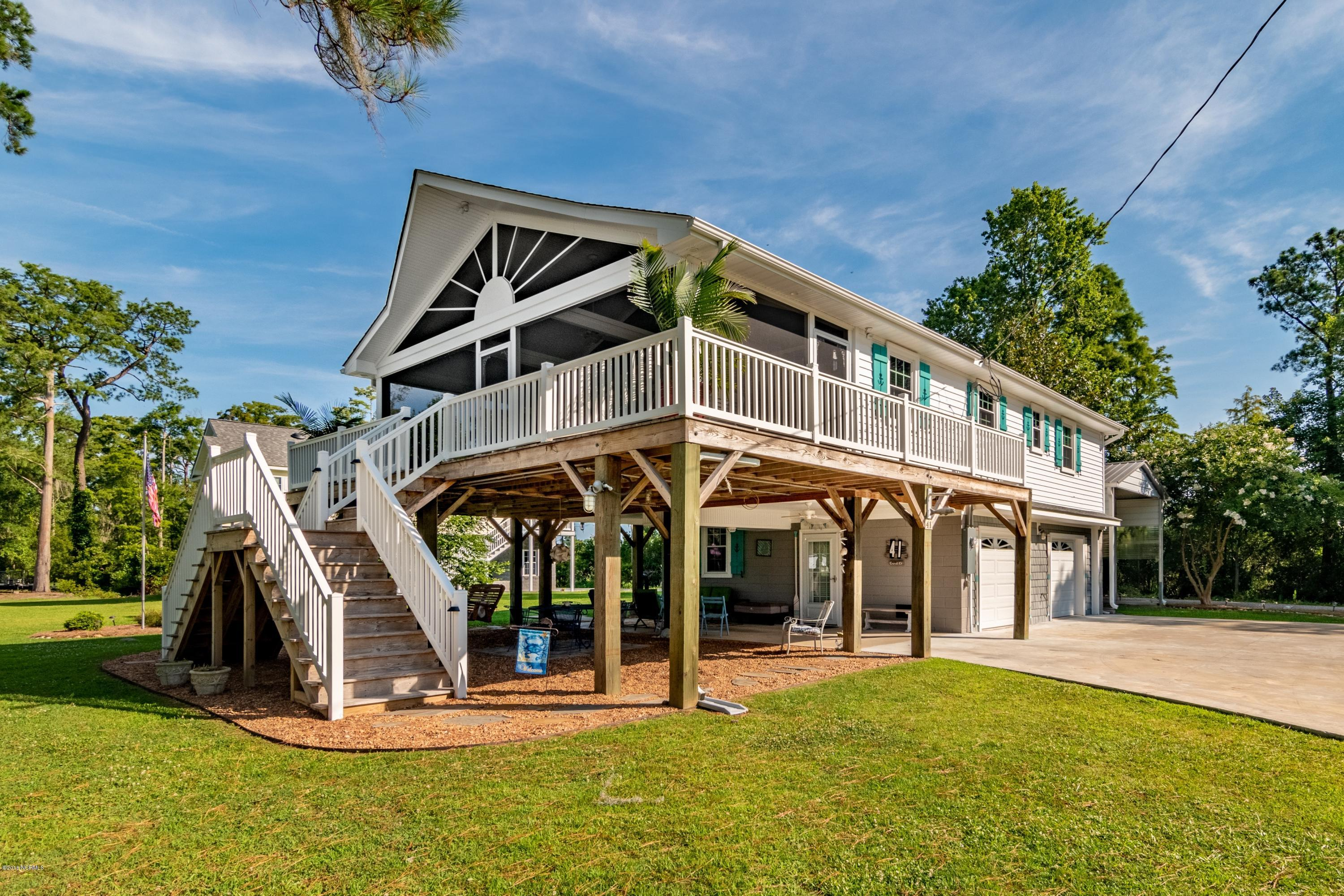 41 Canal Court, Chocowinity, North Carolina, 3 Bedrooms Bedrooms, 6 Rooms Rooms,3 BathroomsBathrooms,Single family residence,For sale,Canal,100123822