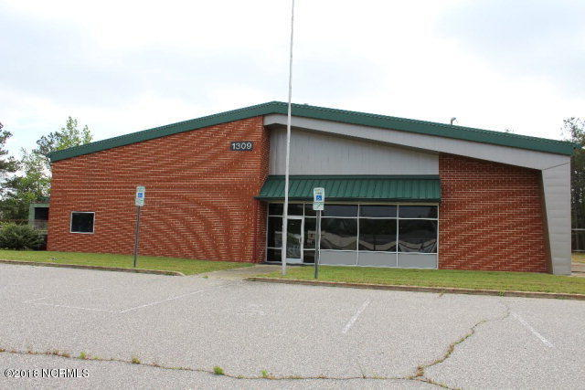 1309 Wesleyan Boulevard, Rocky Mount, North Carolina 27803, ,For sale,Wesleyan,100125538