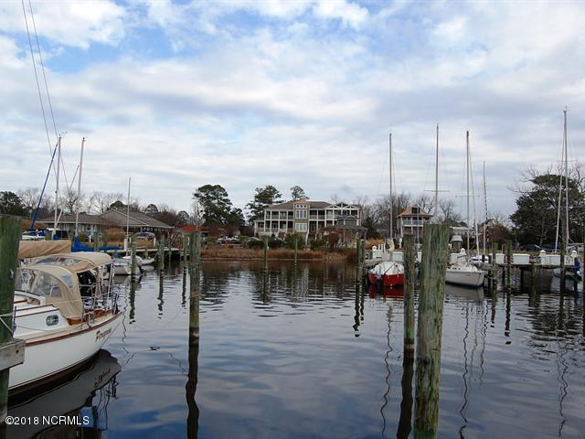 Property for sale at 512 S Water Street, Oriental,  North Carolina 28571