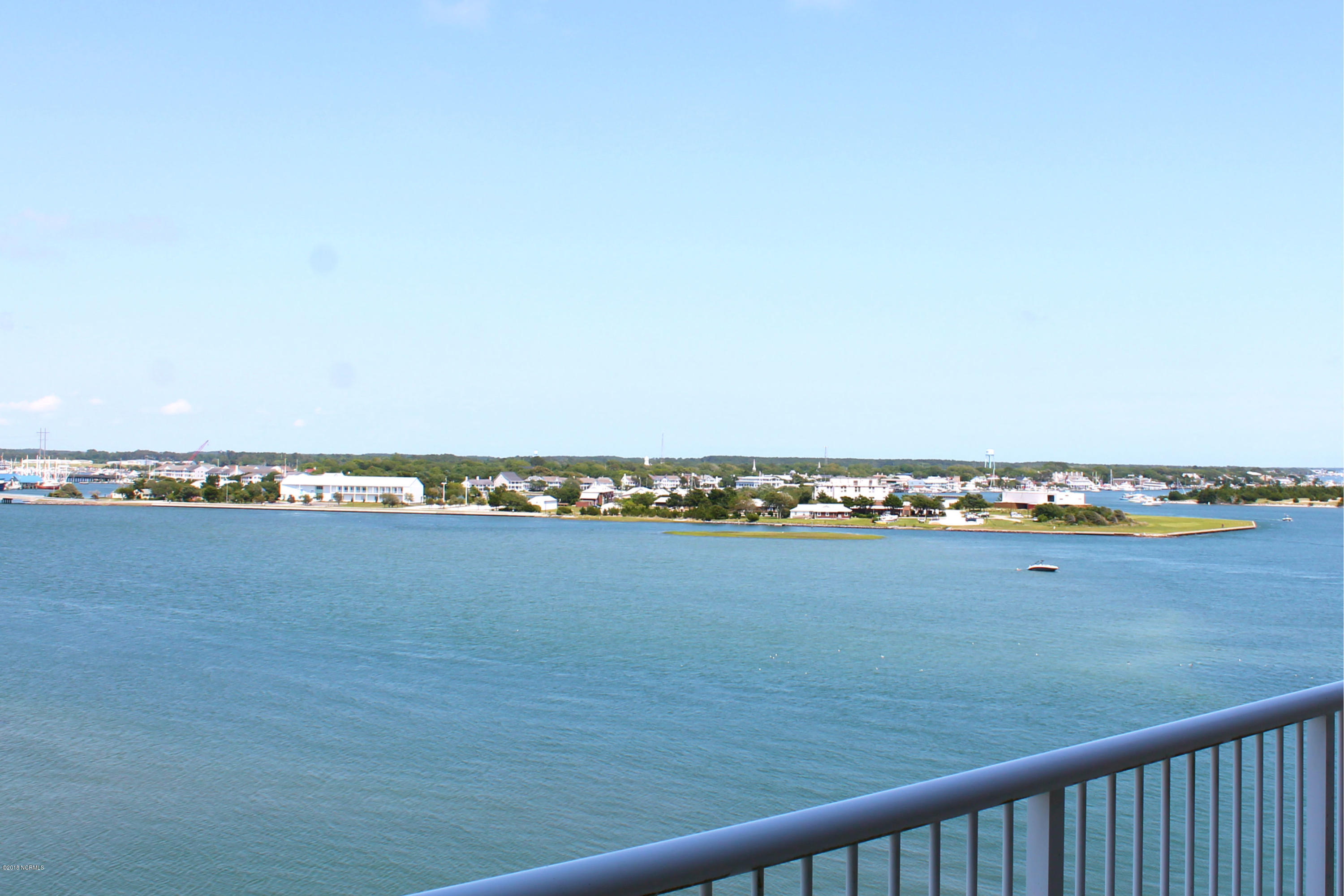 100 Olde Towne Yacht Club Road,Beaufort,North Carolina,3 Bedrooms Bedrooms,6 Rooms Rooms,2 BathroomsBathrooms,Condominium,Olde Towne Yacht Club,100129745