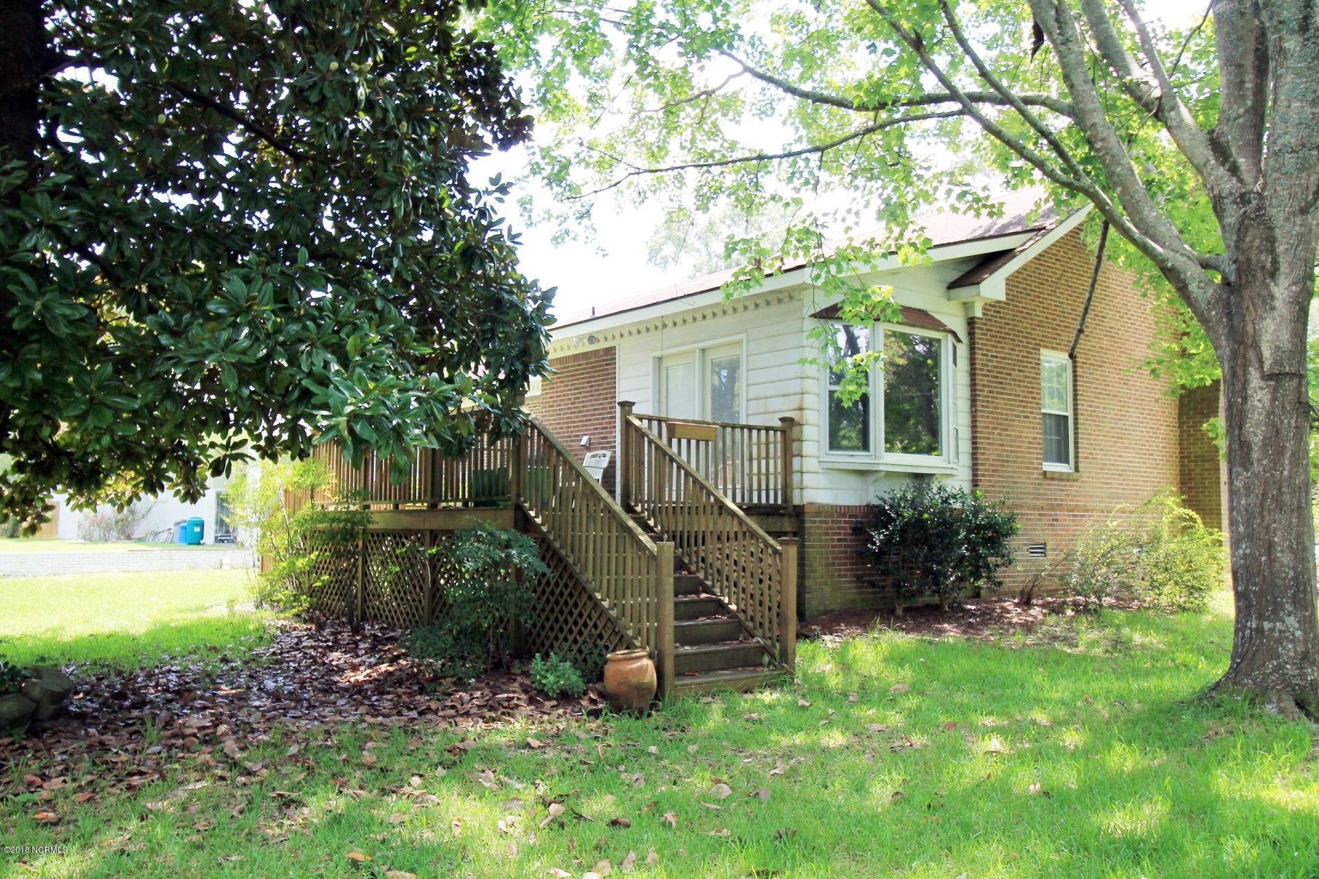 114 Isabella Avenue,Washington,North Carolina,3 Bedrooms Bedrooms,7 Rooms Rooms,3 BathroomsBathrooms,Single family residence,Isabella,100129800