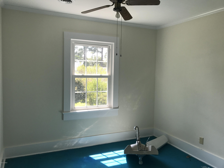 107 Northwest Avenue, Washington, North Carolina, 4 Bedrooms Bedrooms, 6 Rooms Rooms,1 BathroomBathrooms,Single family residence,For sale,Northwest,100132403