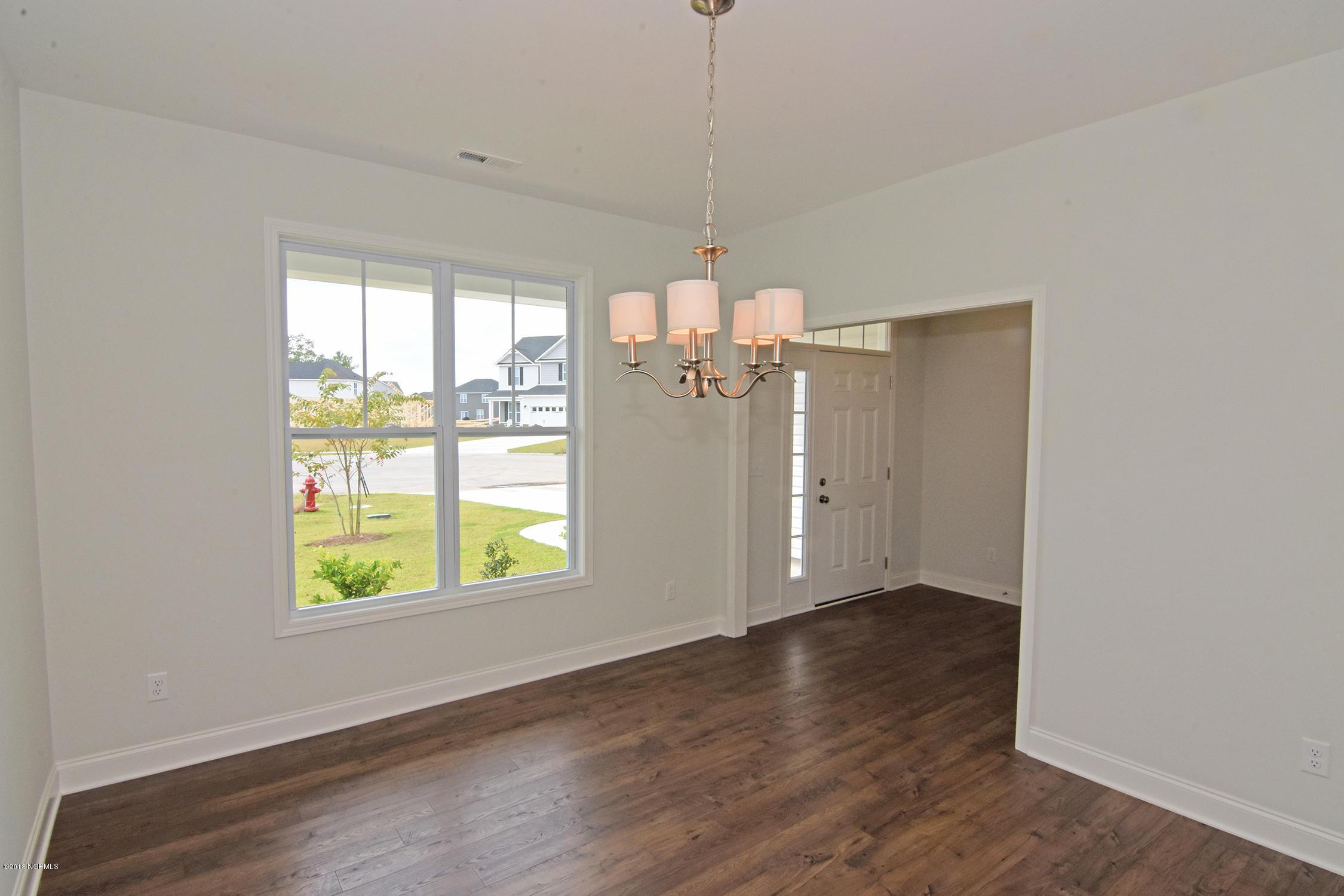 1230 Needleleaf Drive, Winnabow, North Carolina, 3 Bedrooms Bedrooms, 7 Rooms Rooms,2 BathroomsBathrooms,Single family residence,For sale,Needleleaf,100106001