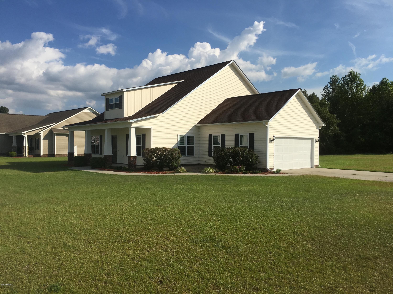 300 Ramonas Lake Court,New Bern,North Carolina,3 Bedrooms Bedrooms,6 Rooms Rooms,2 BathroomsBathrooms,Single family residence,Ramonas Lake,100133795