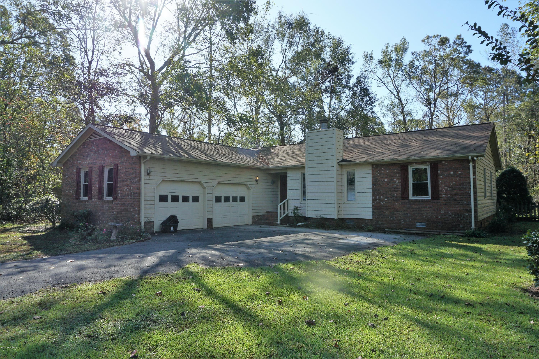 103 Crump Farm Road,New Bern,North Carolina,3 Bedrooms Bedrooms,6 Rooms Rooms,2 BathroomsBathrooms,Single family residence,Crump Farm,100135486