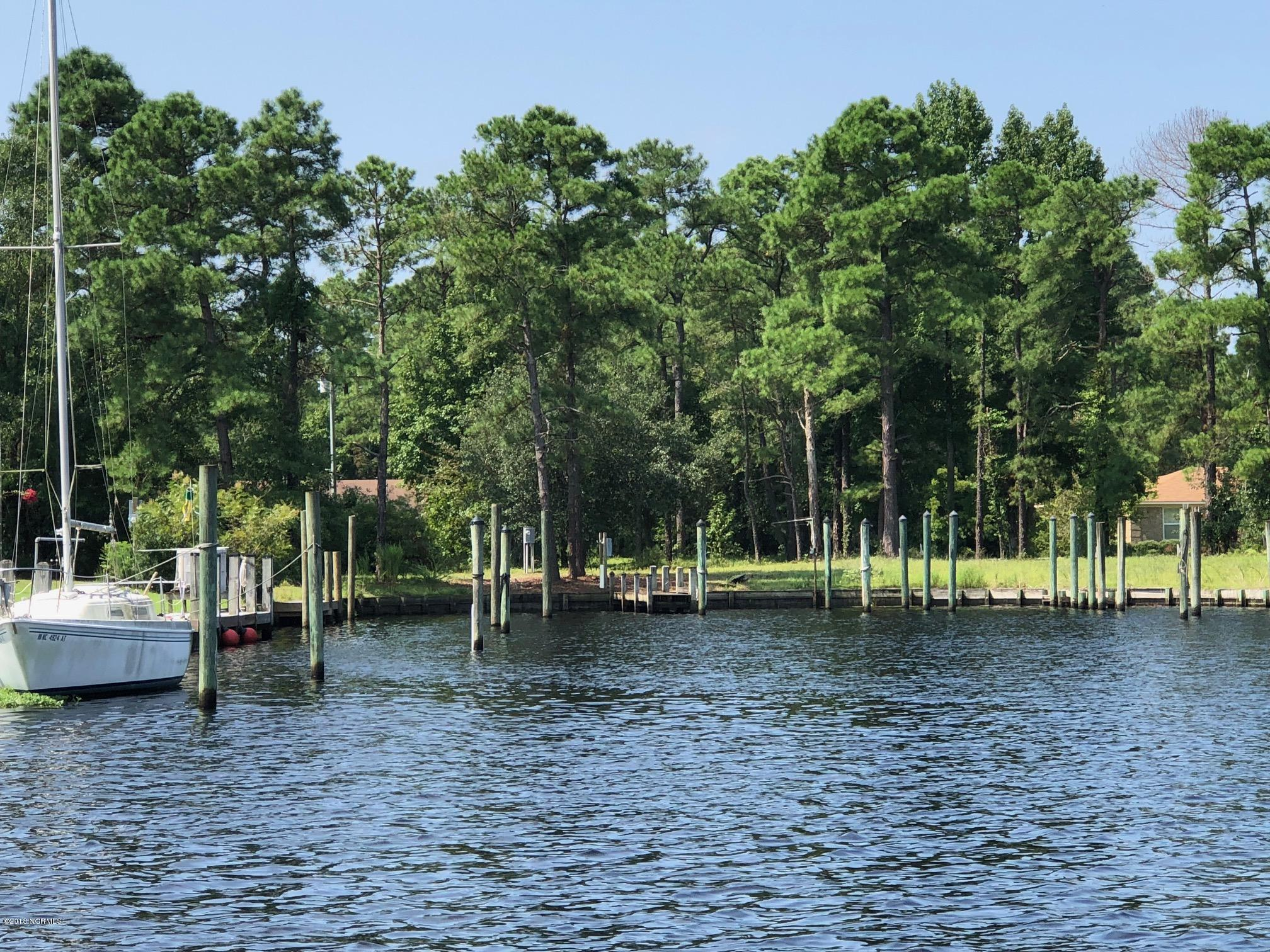 5902 Gondolier Drive, New Bern, North Carolina 28560, ,Residential land,For sale,Gondolier,100136327
