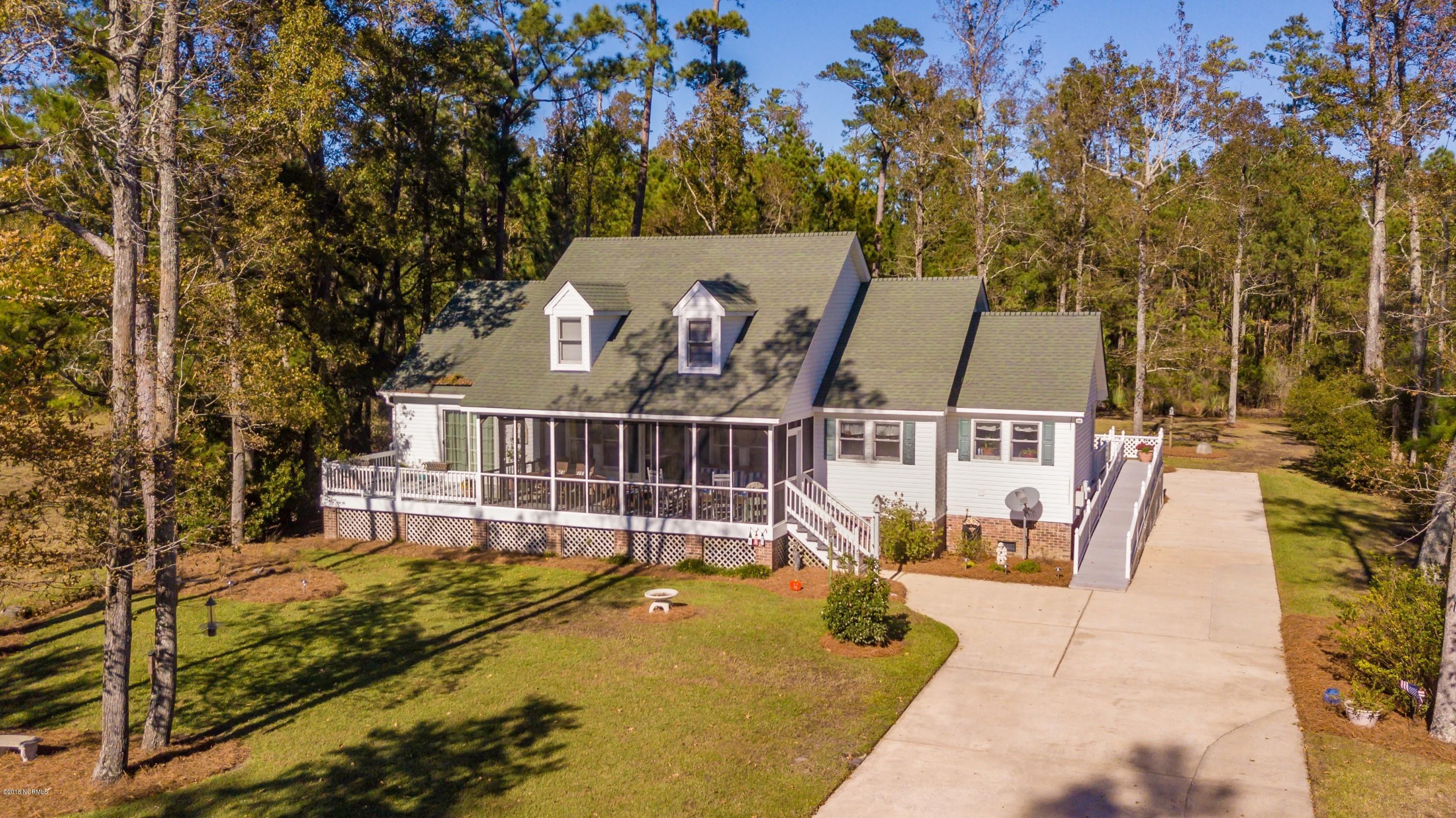 205 Dowry Creek,Belhaven,North Carolina,4 Bedrooms Bedrooms,7 Rooms Rooms,2 BathroomsBathrooms,Single family residence,Dowry,100137852
