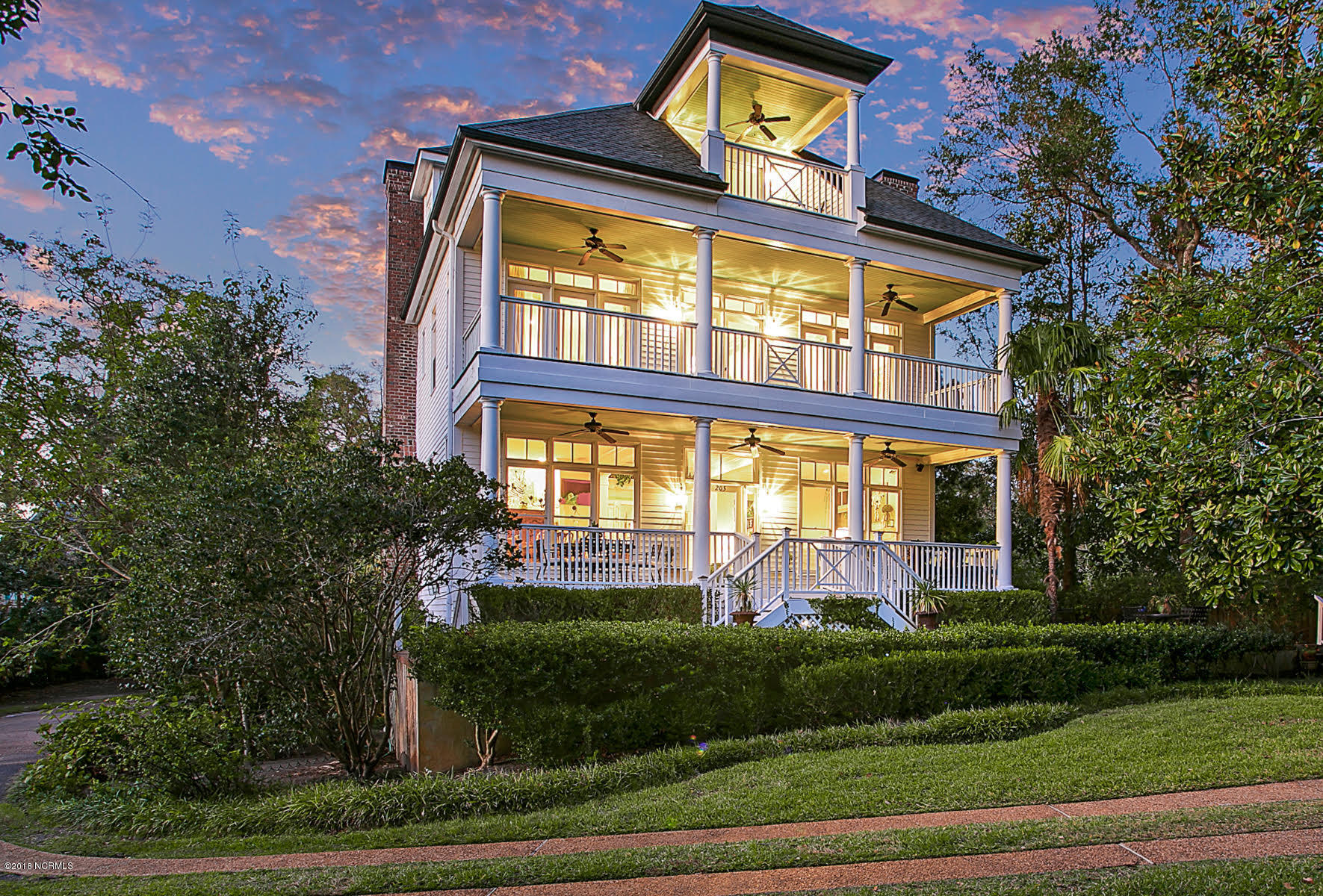 205 Summer Rest Road, Wilmington, North Carolina, 4 Bedrooms Bedrooms, 8 Rooms Rooms,4 BathroomsBathrooms,Single family residence,For sale,Summer Rest,100138619