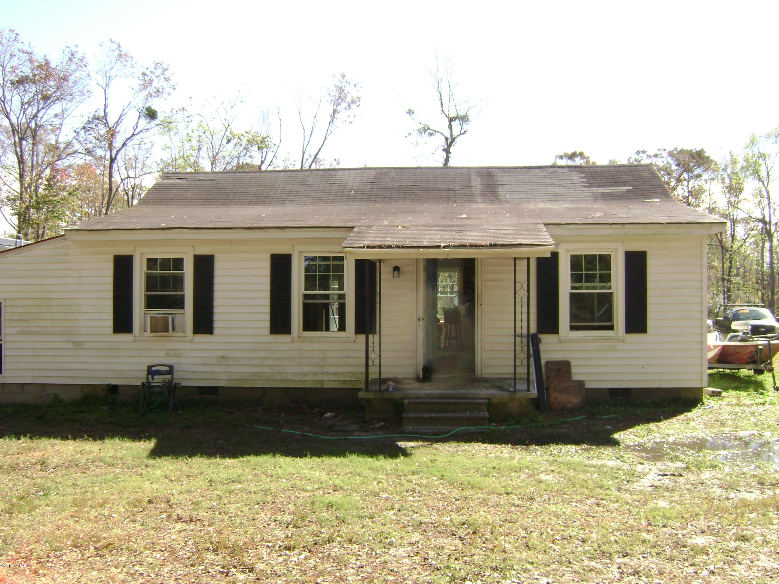104 Brown Street, Havelock, North Carolina, 2 Bedrooms Bedrooms, 5 Rooms Rooms,1 BathroomBathrooms,Single family residence,For sale,Brown,100139017