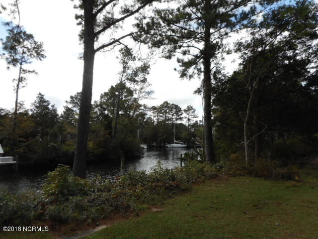1212 Lupton Drive, Oriental, North Carolina, 3 Bedrooms Bedrooms, 9 Rooms Rooms,2 BathroomsBathrooms,Single family residence,For sale,Lupton,100139237