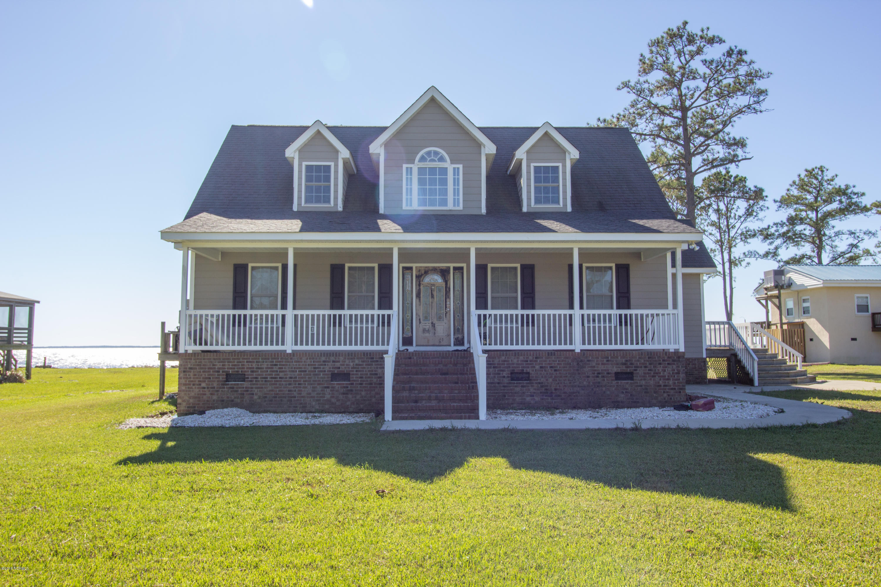773 Old Pamlico Beach Road, Belhaven, North Carolina, 3 Bedrooms Bedrooms, 7 Rooms Rooms,2 BathroomsBathrooms,Single family residence,For sale,Old Pamlico Beach,100140304