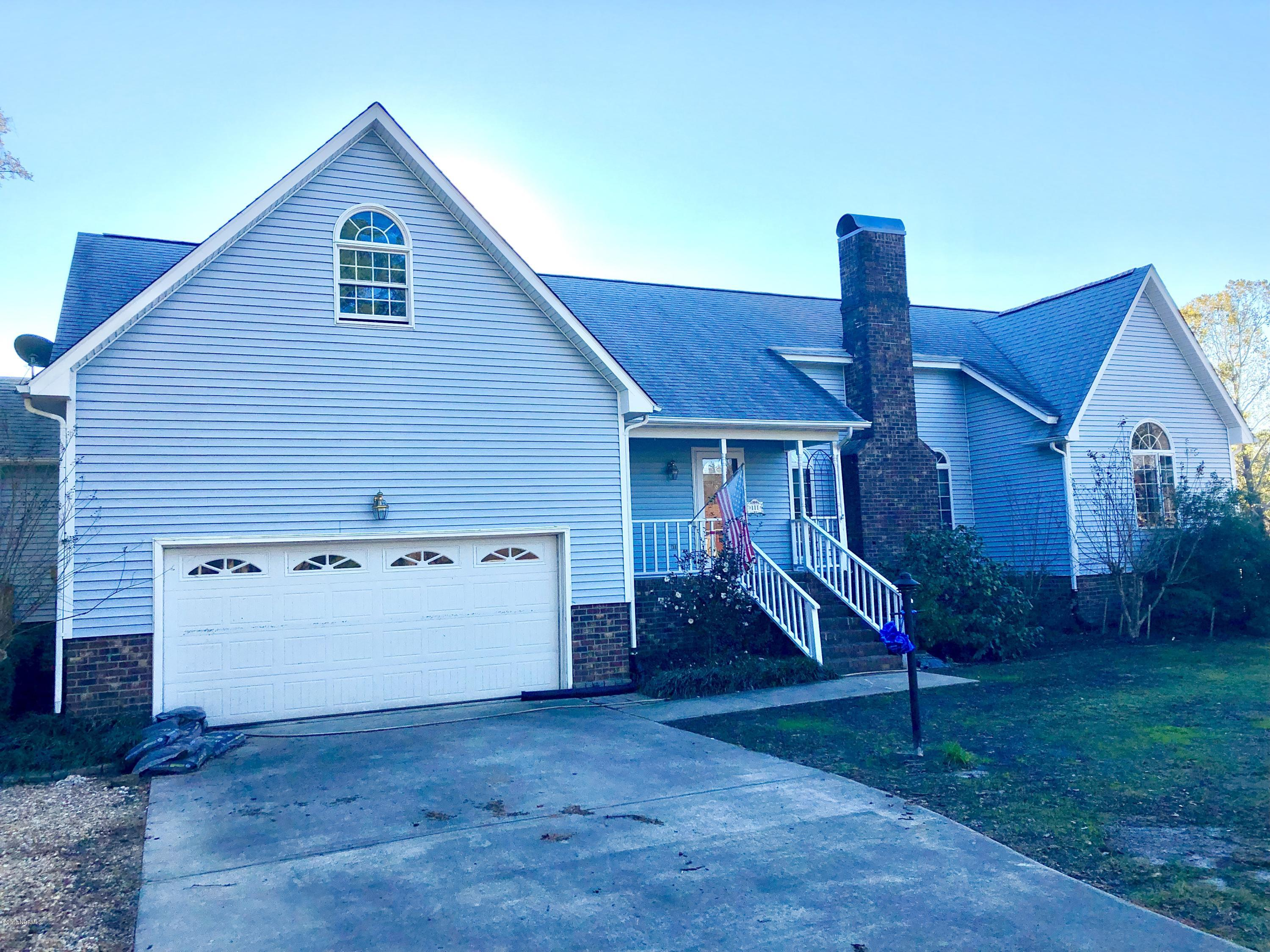 111 Bowline Road Road, New Bern, North Carolina, 3 Bedrooms Bedrooms, 7 Rooms Rooms,2 BathroomsBathrooms,Single family residence,For sale,Bowline Road,100141443