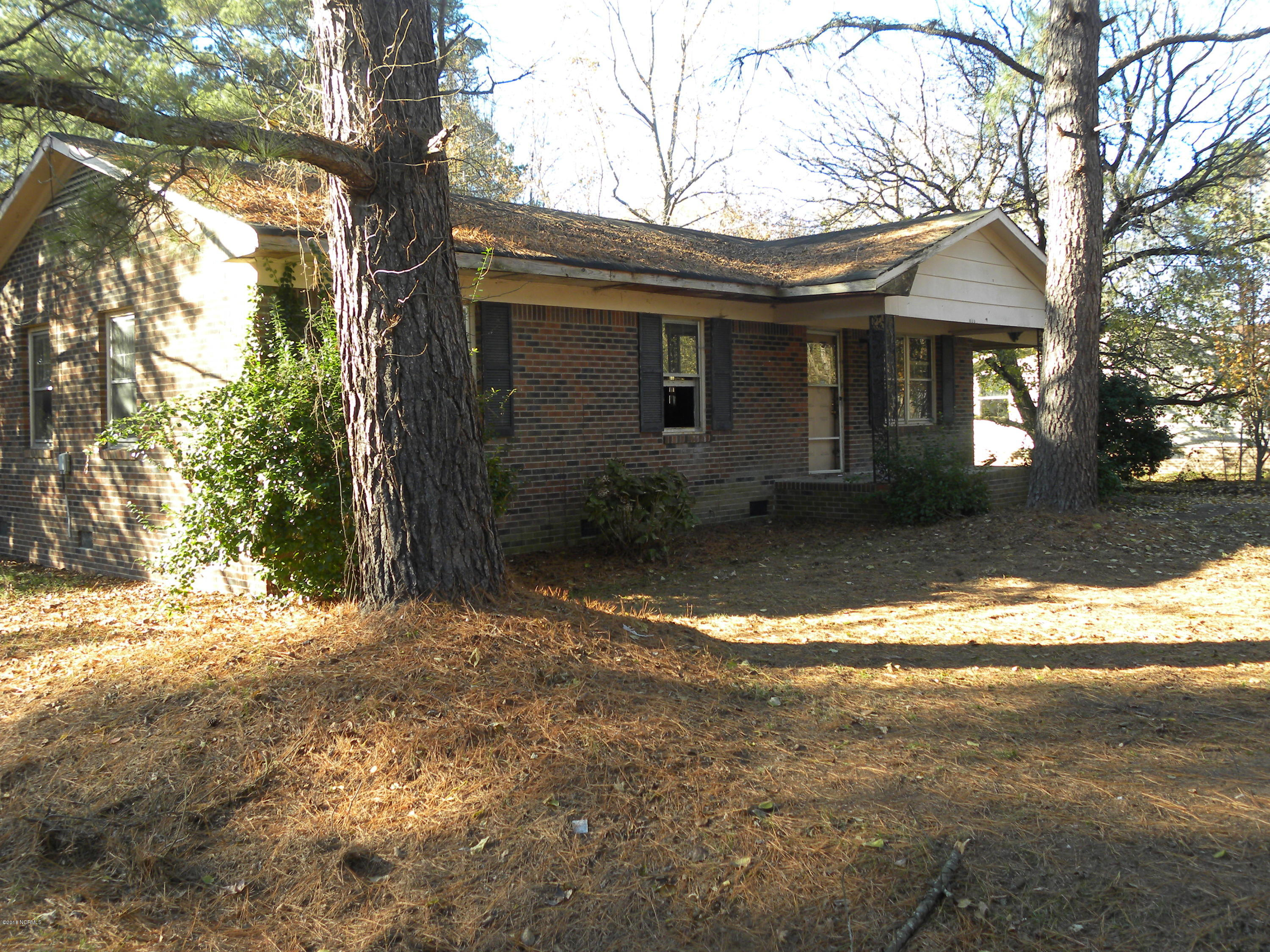 108 Snowden Street, Princeville, North Carolina, 3 Bedrooms Bedrooms, 5 Rooms Rooms,1 BathroomBathrooms,Single family residence,For sale,Snowden,100142503