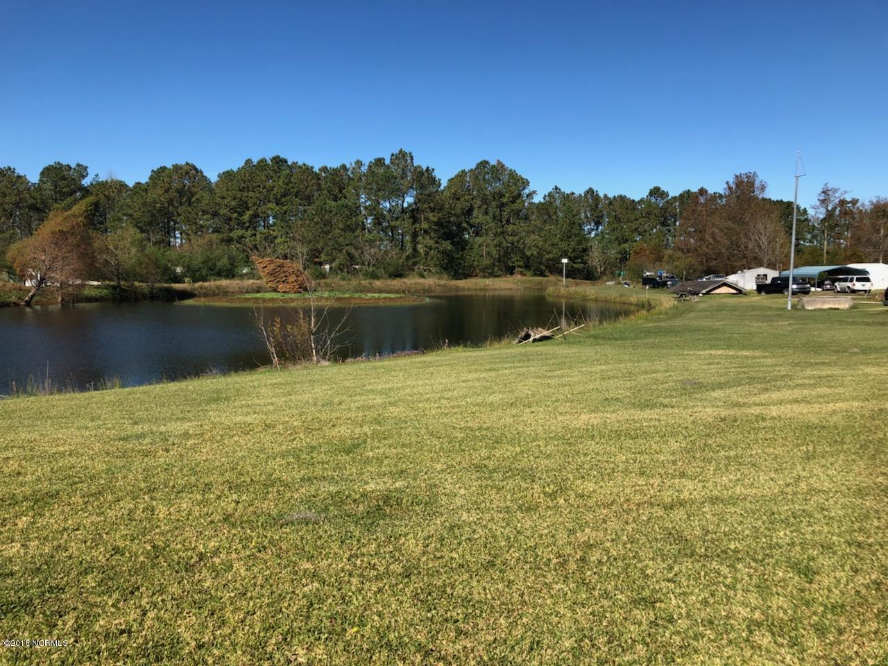 7165 New Bern Highway, Maysville, North Carolina 28555, ,Commercial/industrial,For sale,New Bern,100142300