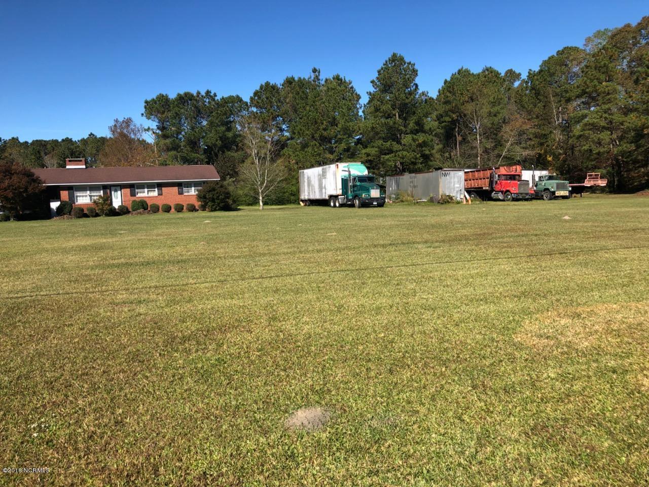 7165 New Bern Highway, Maysville, North Carolina 28555, ,For sale,New Bern,100142310
