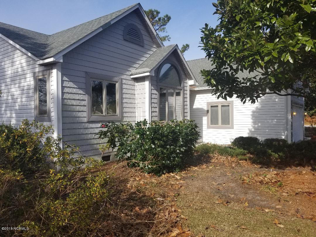 6126 Castleton Court, New Bern, North Carolina, 3 Bedrooms Bedrooms, 8 Rooms Rooms,2 BathroomsBathrooms,Single family residence,For sale,Castleton,100143127