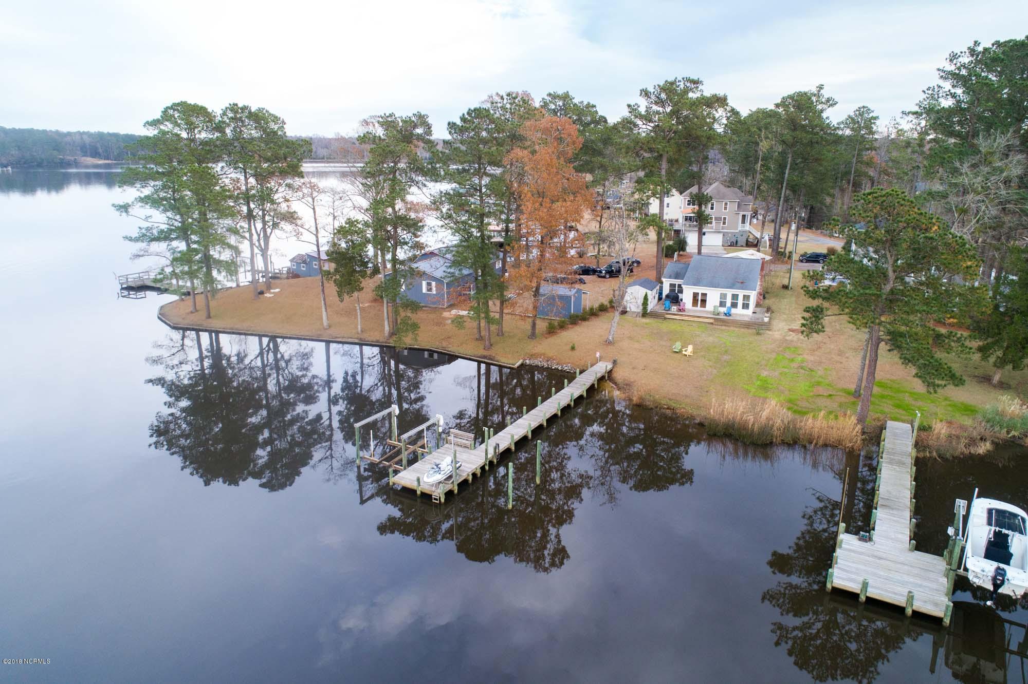112 Dickinson Road, Chocowinity, North Carolina, 2 Bedrooms Bedrooms, 6 Rooms Rooms,2 BathroomsBathrooms,Single family residence,For sale,Dickinson,100143312