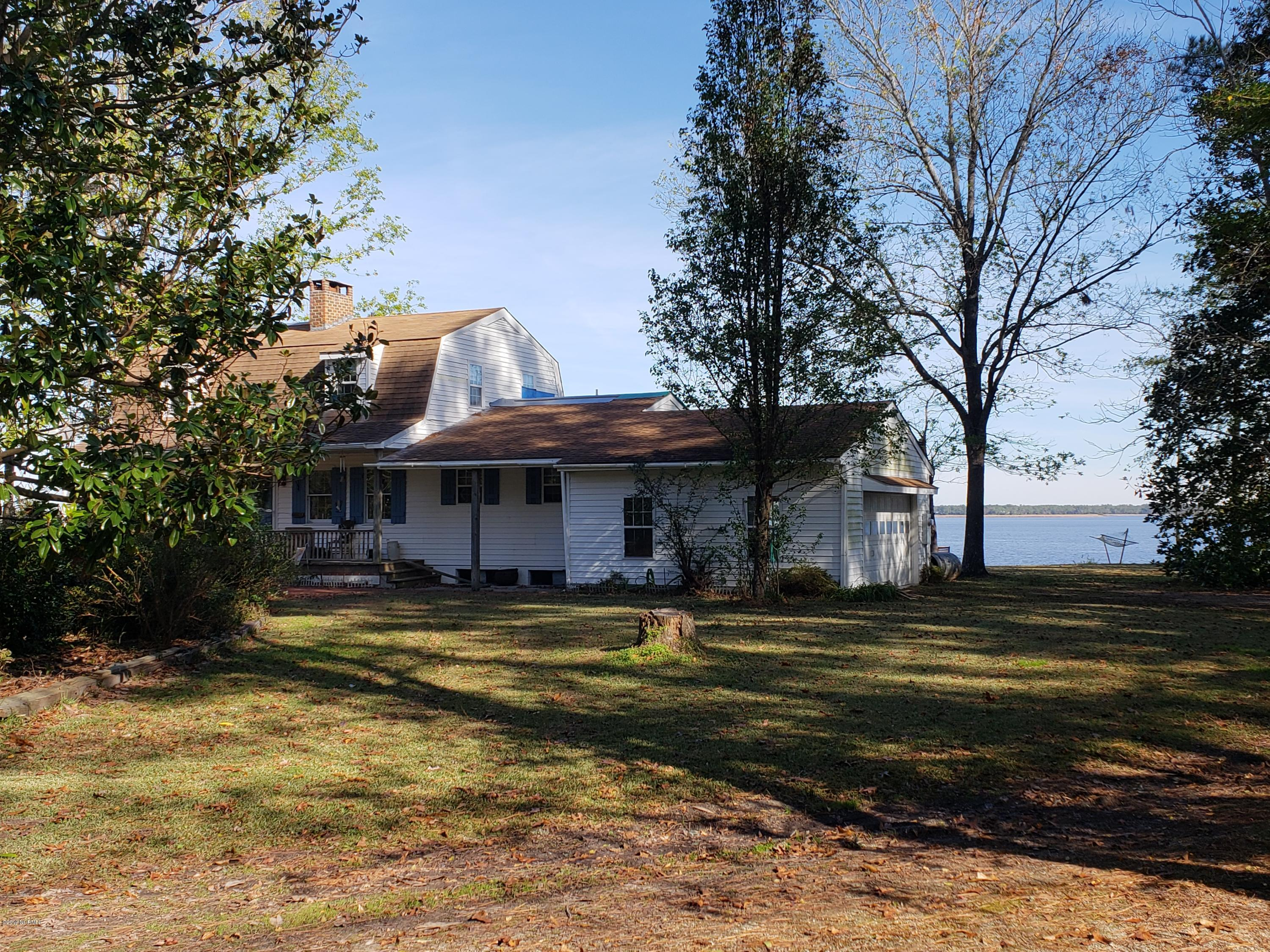 Property for sale at 101 Halls Bluff Lane, New Bern,  North Carolina 28560