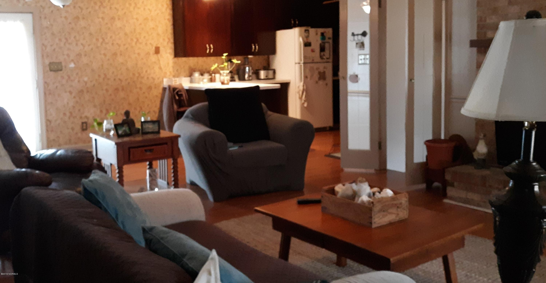 107 Matthews Lane, Trent Woods, North Carolina, 3 Bedrooms Bedrooms, 6 Rooms Rooms,2 BathroomsBathrooms,Single family residence,For sale,Matthews,100146757