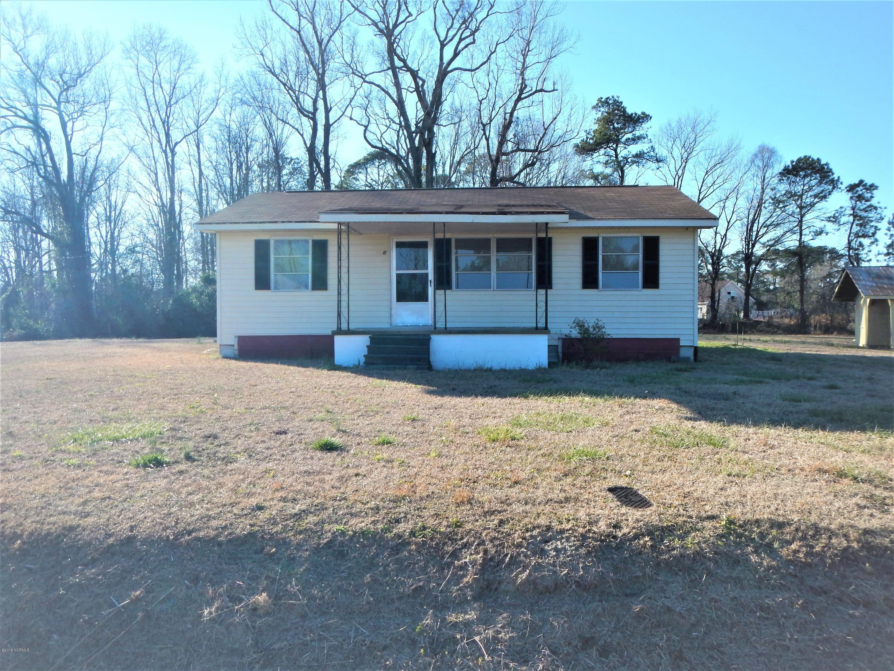 240 Quinn Road, Cove City, North Carolina, 3 Bedrooms Bedrooms, 5 Rooms Rooms,1 BathroomBathrooms,Single family residence,For sale,Quinn,100148719