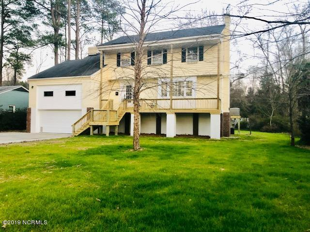 130 Spruce Street, Washington, North Carolina, 4 Bedrooms Bedrooms, 9 Rooms Rooms,3 BathroomsBathrooms,Single family residence,For sale,Spruce,100145129