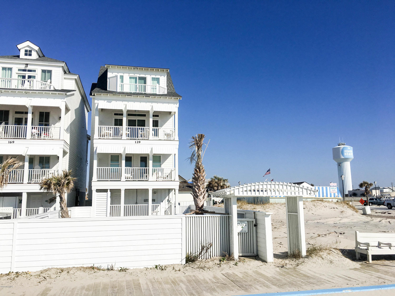 167 Atlantic Boulevard, Atlantic Beach, North Carolina, 5 Bedrooms Bedrooms, 8 Rooms Rooms,4 BathroomsBathrooms,Single family residence,For sale,Atlantic,100129358