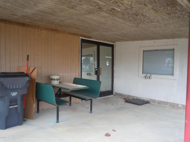 5547 James B White Highway, Whiteville, North Carolina 28472, ,For sale,James B White,100150234