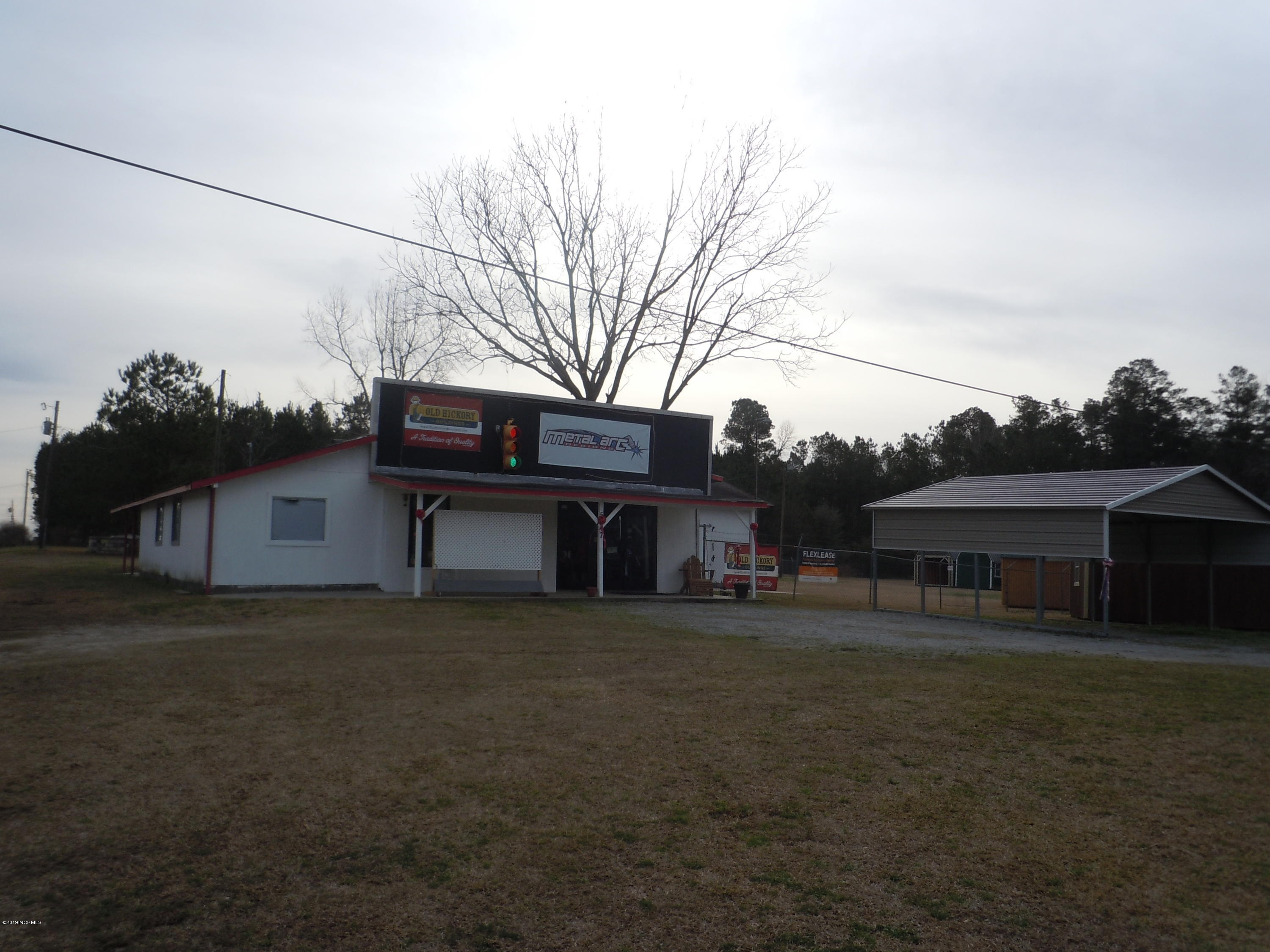 5547 James B White Highway, Whiteville, North Carolina 28472, ,For sale,James B White,100150234