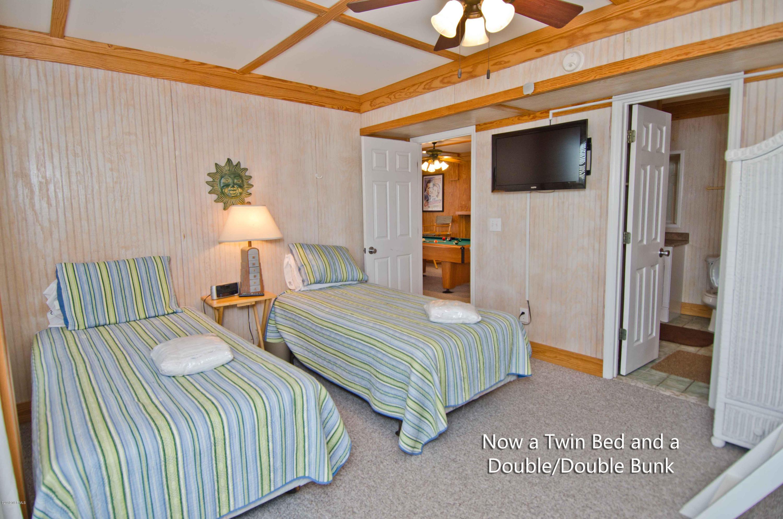 9713 Dolphin Ridge Road, Emerald Isle, North Carolina 28594, 7 Bedrooms Bedrooms, 13 Rooms Rooms,6 BathroomsBathrooms,Single family residence,For sale,Dolphin Ridge,100151415