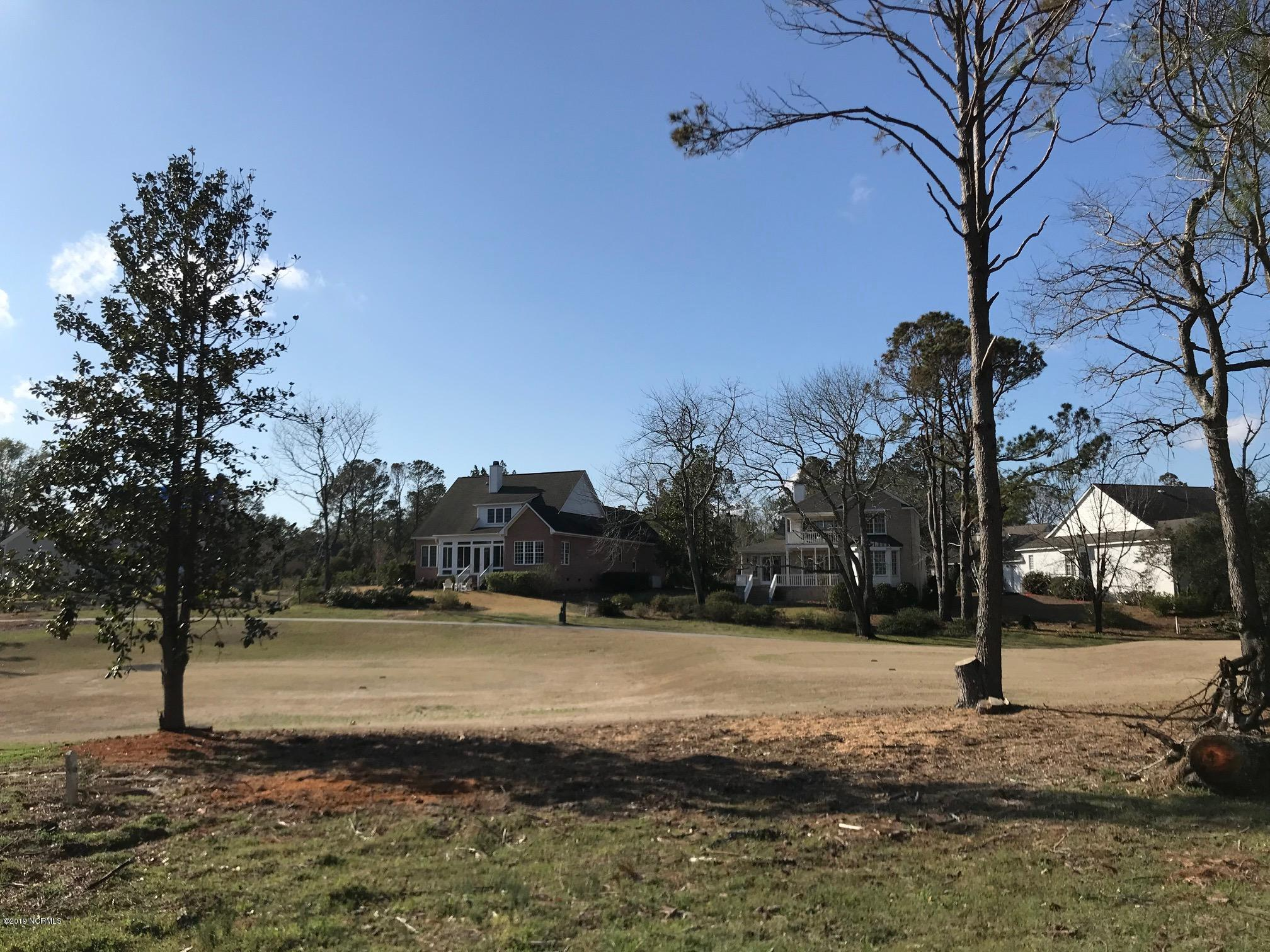 422 White Columns Way, Wilmington, North Carolina 28411, 3 Bedrooms Bedrooms, 7 Rooms Rooms,2 BathroomsBathrooms,Single family residence,For sale,White Columns,100151610