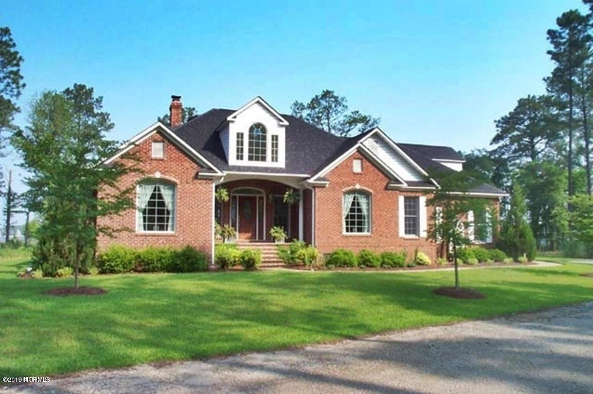Property for sale at 64 Sandy Curve Road, New Bern,  North Carolina 28560