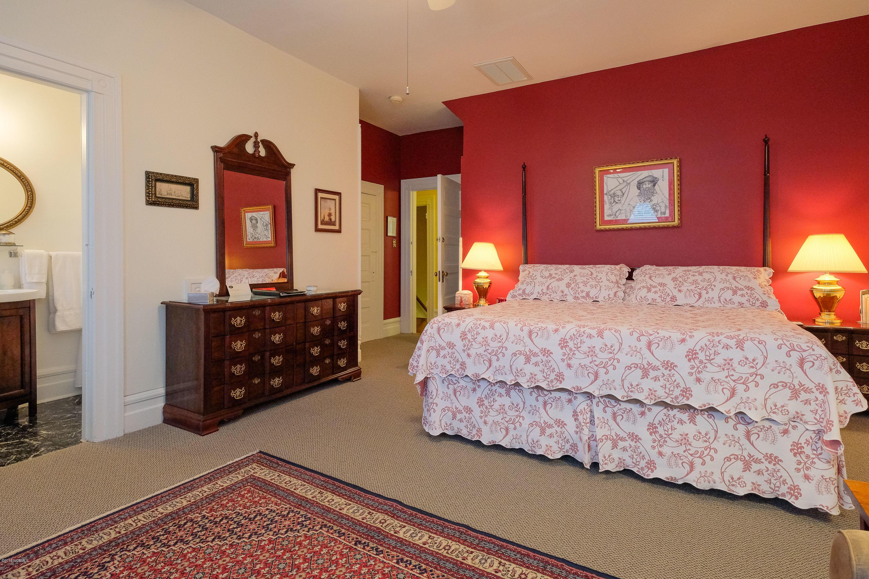 202 Queen Street, Edenton, North Carolina 27932, ,For sale,Queen,100150450