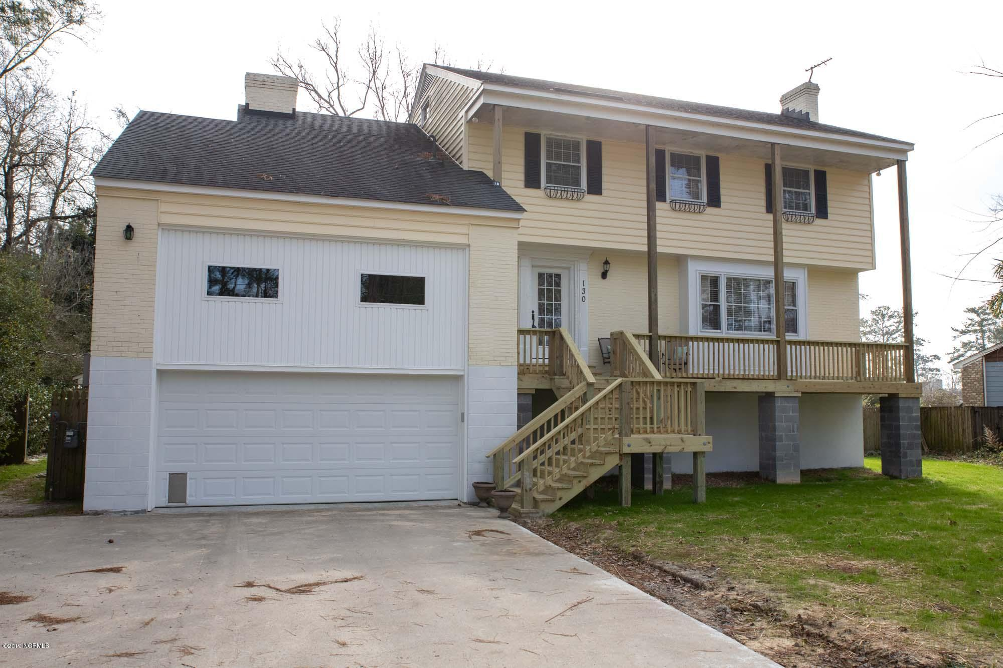 130 Spruce Street, Washington, North Carolina, 3 Bedrooms Bedrooms, 9 Rooms Rooms,3 BathroomsBathrooms,Single family residence,For sale,Spruce,100153632