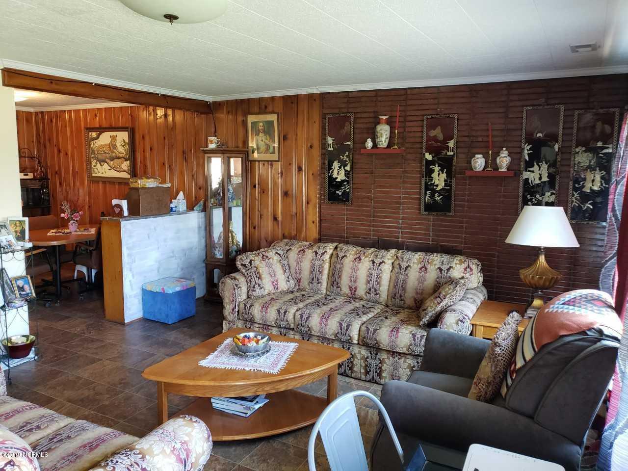 153 Johnson Point Road, New Bern, North Carolina, 3 Bedrooms Bedrooms, 5 Rooms Rooms,1 BathroomBathrooms,Single family residence,For sale,Johnson Point,100154637