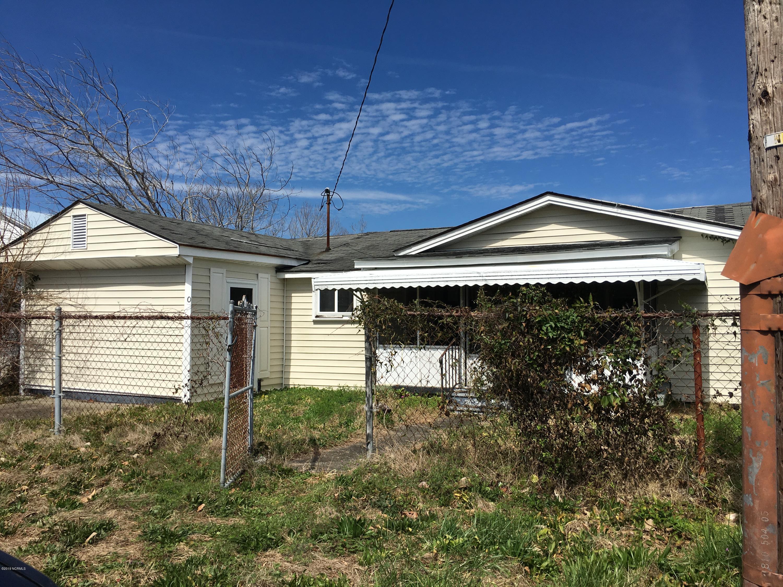 1502 Avery Street, Morehead City, North Carolina, 3 Bedrooms Bedrooms, 5 Rooms Rooms,1 BathroomBathrooms,Single family residence,For sale,Avery,100154767