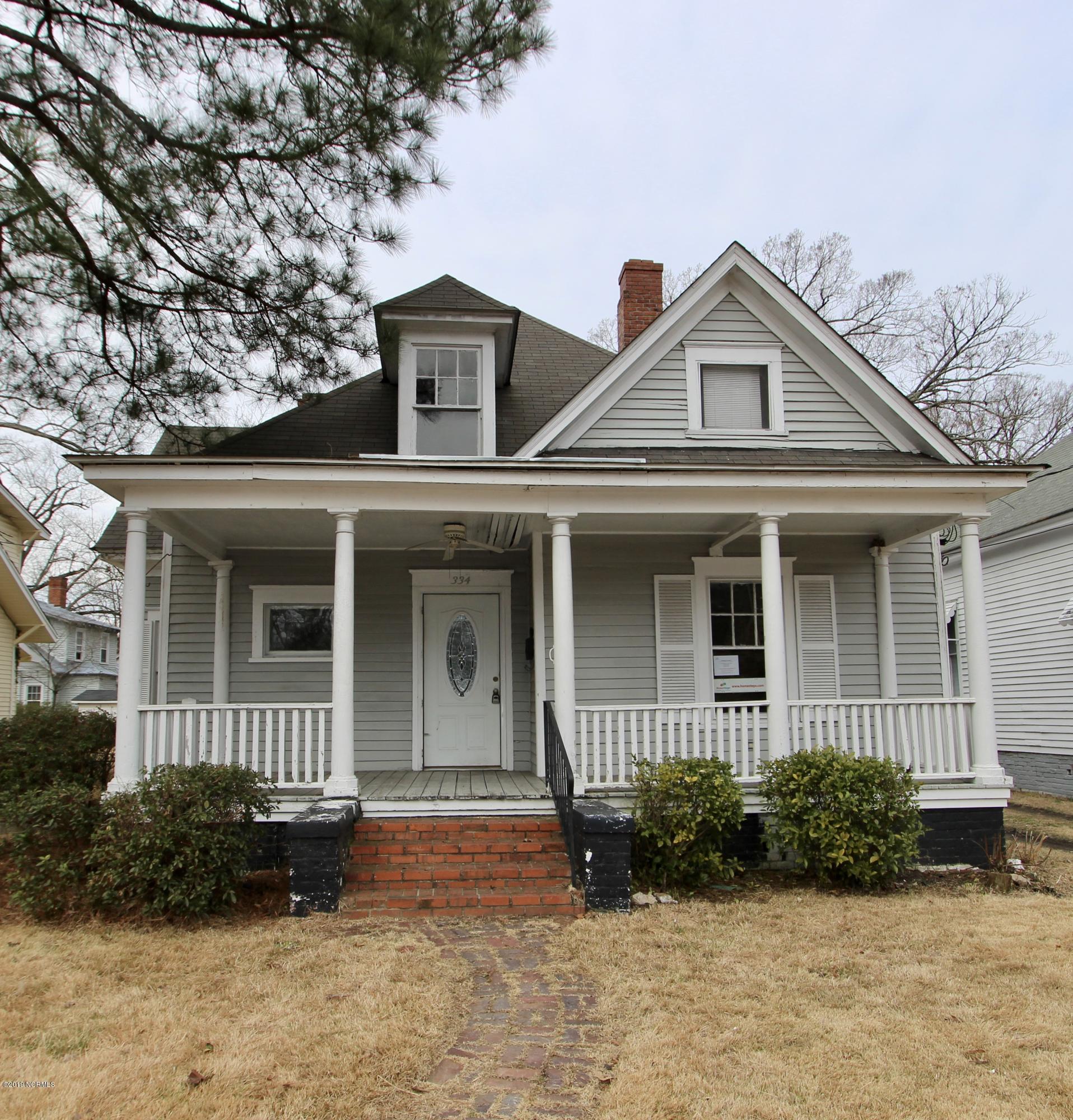 334 Villa Street, Rocky Mount, North Carolina, 2 Bedrooms Bedrooms, 5 Rooms Rooms,2 BathroomsBathrooms,Single family residence,For sale,Villa,100155009