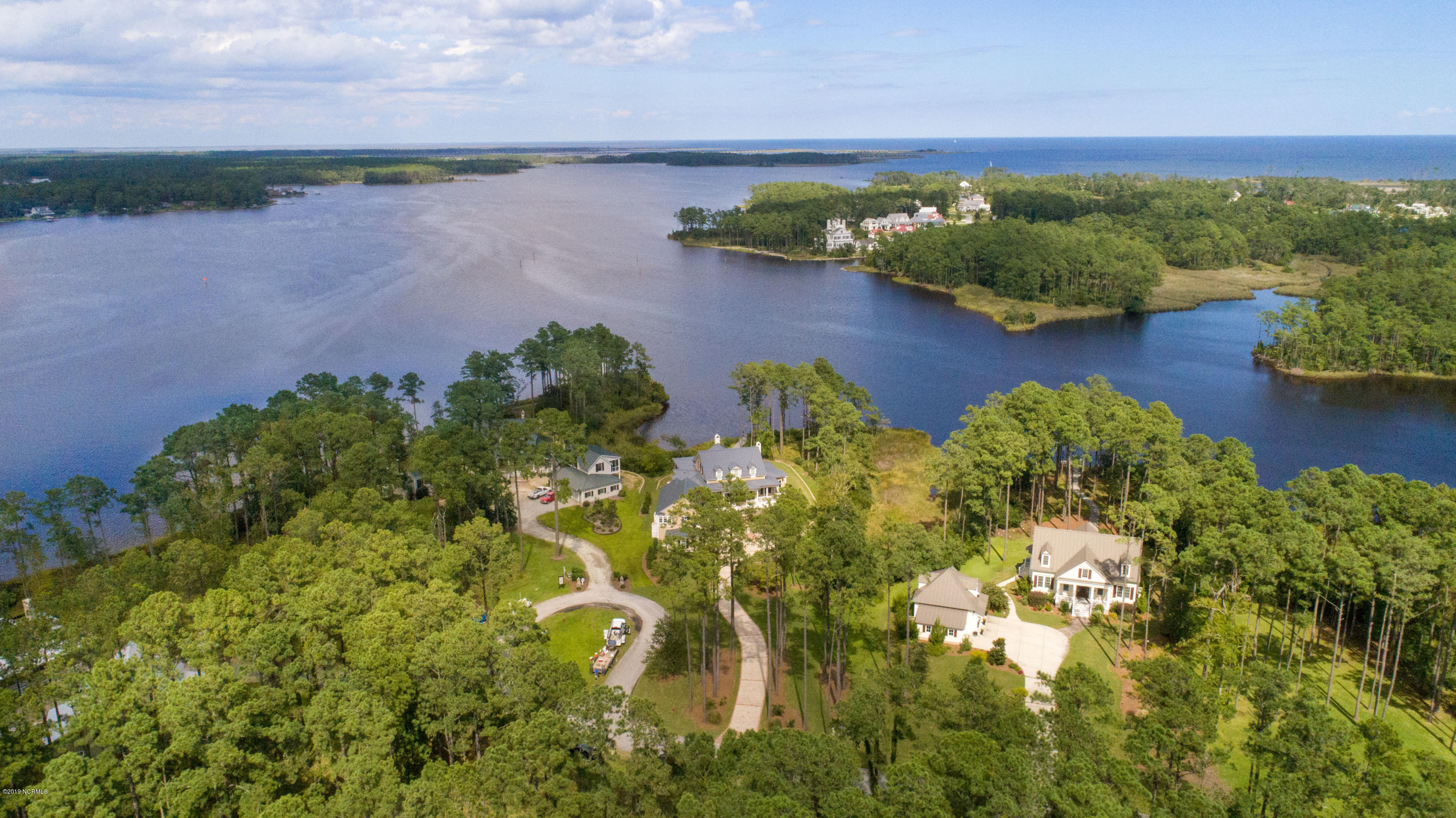 24 Broadview Point, Oriental, North Carolina 28571, ,Residential land,For sale,Broadview,100155235
