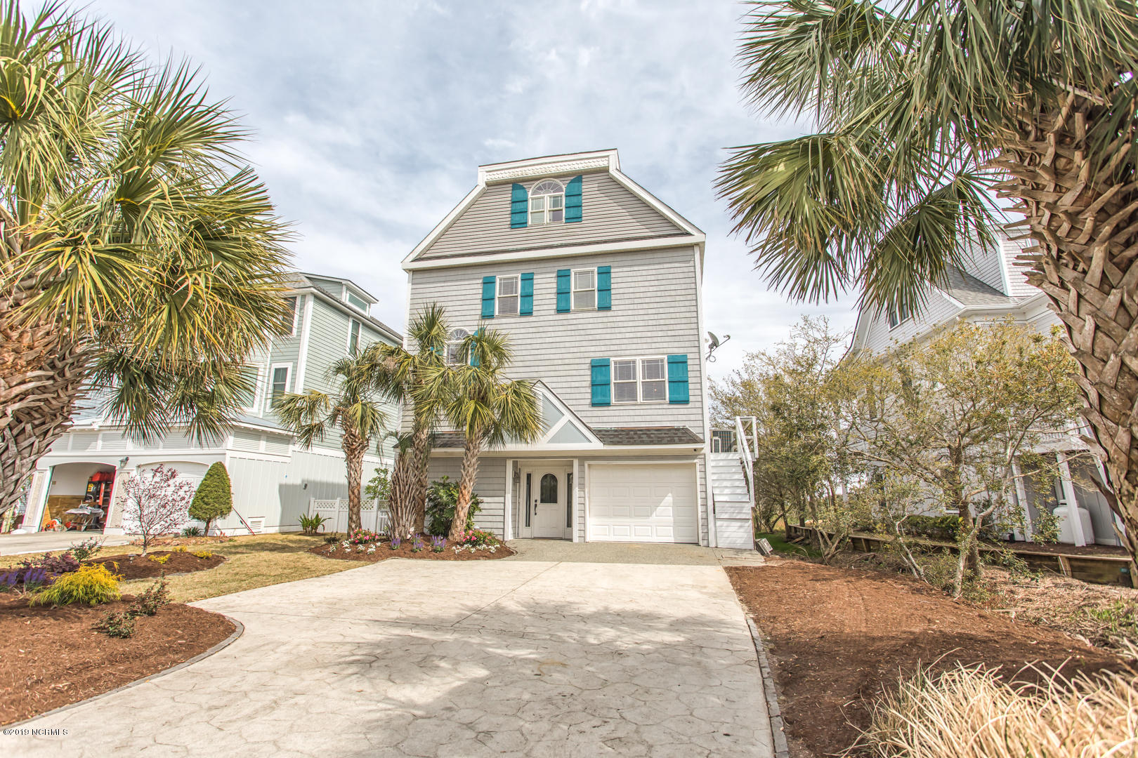 240 Windy Hills Drive, Wilmington, North Carolina, 3 Bedrooms Bedrooms, 8 Rooms Rooms,3 BathroomsBathrooms,Single family residence,For sale,Windy Hills,100157943