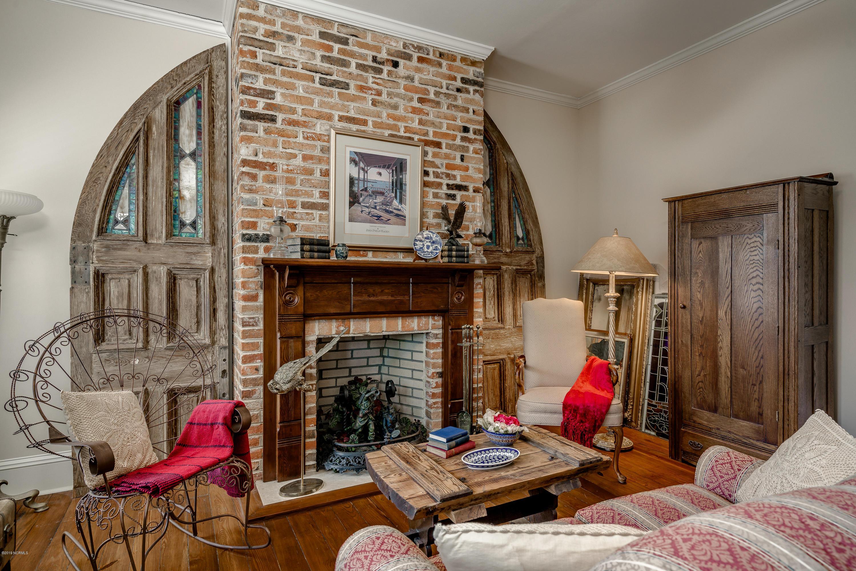 510 Metcalf Street, New Bern, North Carolina 28560, 4 Bedrooms Bedrooms, 8 Rooms Rooms,2 BathroomsBathrooms,Single family residence,For sale,Metcalf,100159064
